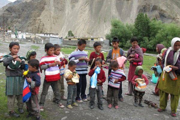 Spiti children in knitted jumpers
