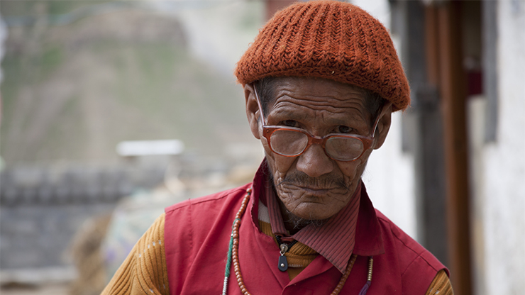 Man wearing glasses - kaza eye centre